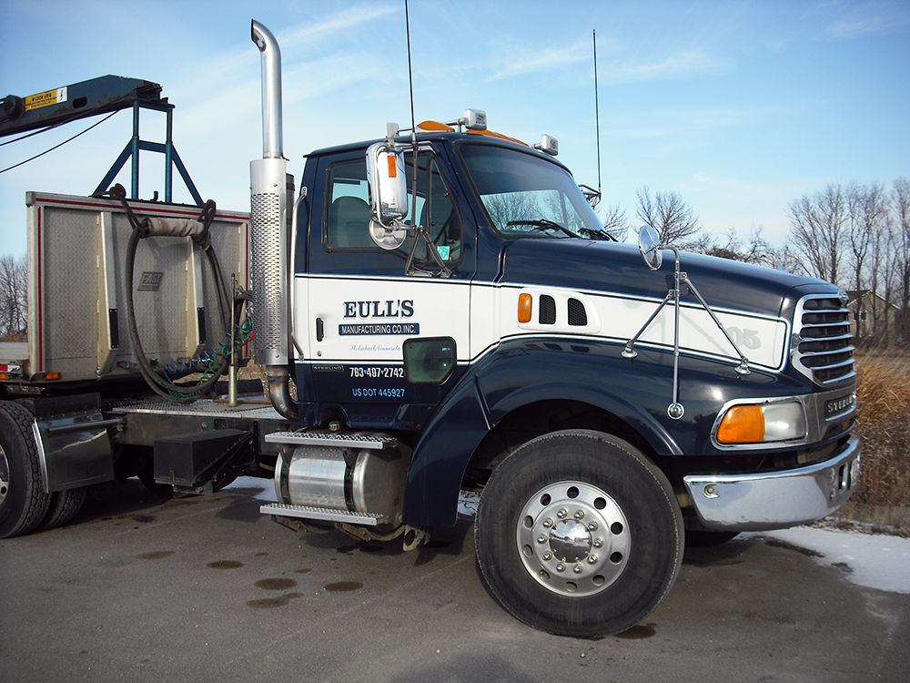 Eull's Manufacturing Truck