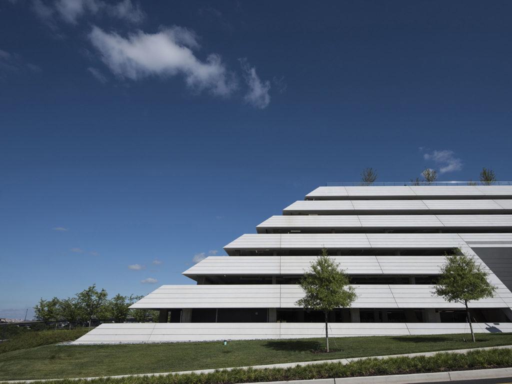 Architectural precast panels