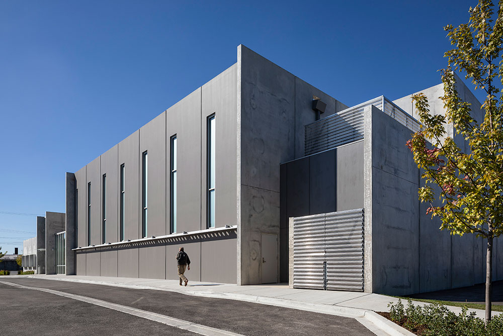 Precast Concrete School Result of Architect's Educated